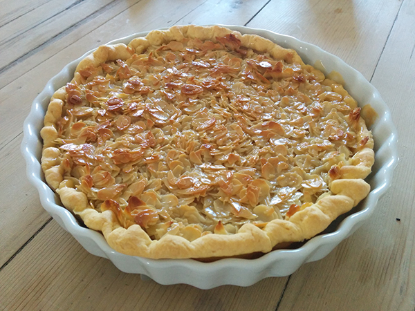Scottish Lunch - Whisky Toffee Almond Tart / Fiona Lynne