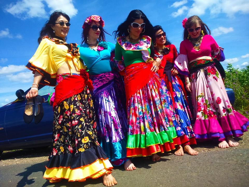 Romani Gypsy Dancing - Fiora Dancer