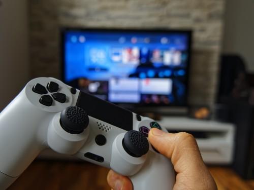 Trasforma la tua passione per i videogiochi in un lavoro e scopri le aziende che assumono!
