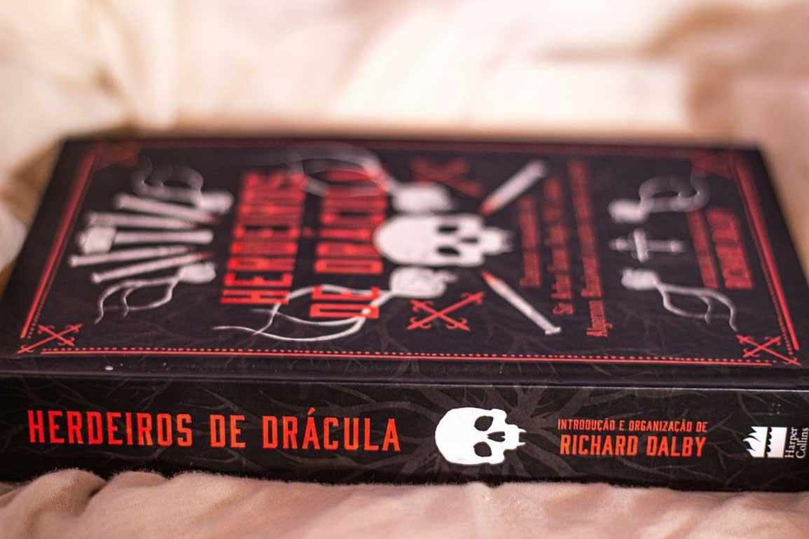 Livro herdeiros de Drácula