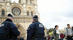 Notre Dame de Paris : il attaque les policiers avec un marteau