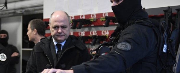 Rennes. Coups de couteau à la fête foraine : l'agresseur présumé interpellé par le RAID