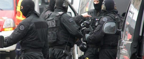 Valence : un homme armé et dangereux menace sa voisine dans le quartier du Plan, le RAID sur place