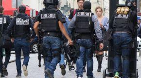 Paris : la BRI déloge sept hommes retranchés dans un squat
