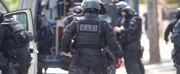 Montpellier : le RAID négocie durant 6 heures avec un suicidaire près de la fontaine du Peyrou