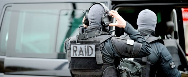 Agde : les policiers de la Bac se font tirer dessus, le RAID intervient