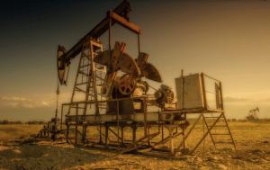 原油先物価格の暴落。保有ETFへの影響は?