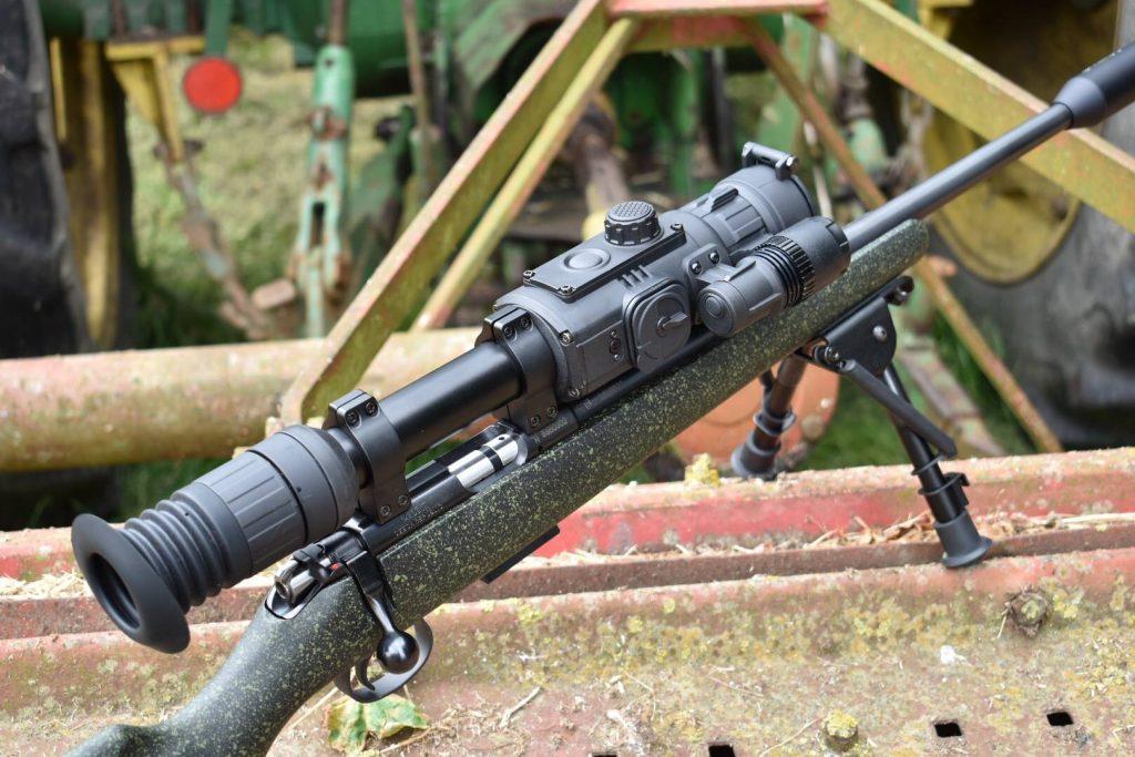 Firearms UK Review - by 617 - Yukon Photon RT