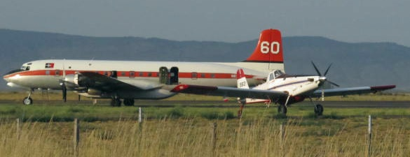Tanker 60 and a SEAT at La Grande