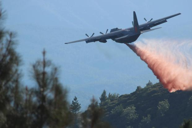 MAFFS C-130 drops on Rim Fire