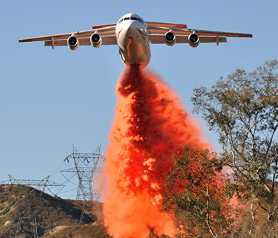 BAe-146 drops on Devore Fire