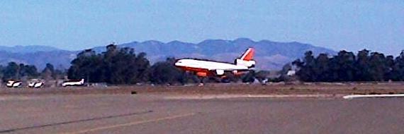 DC-10 air tanker landing at Santa Maria Air Tanker Base