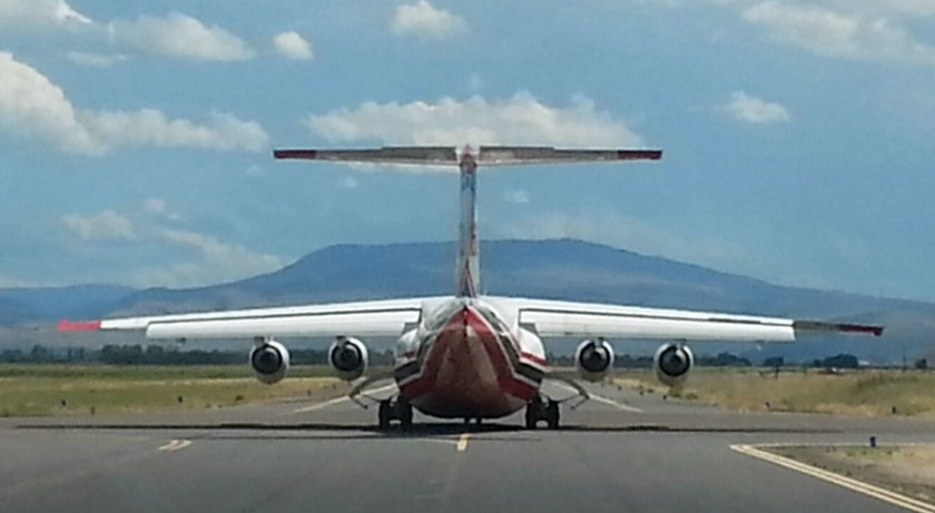RJ85 at La Grande