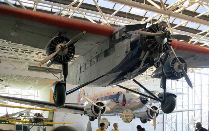 DC-3 Ford Tri-motor