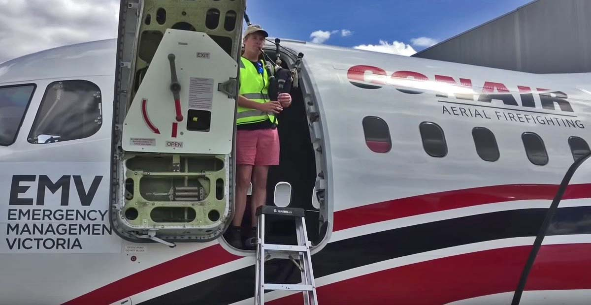 A bagpiping tribute to the large air tankers at Avalon