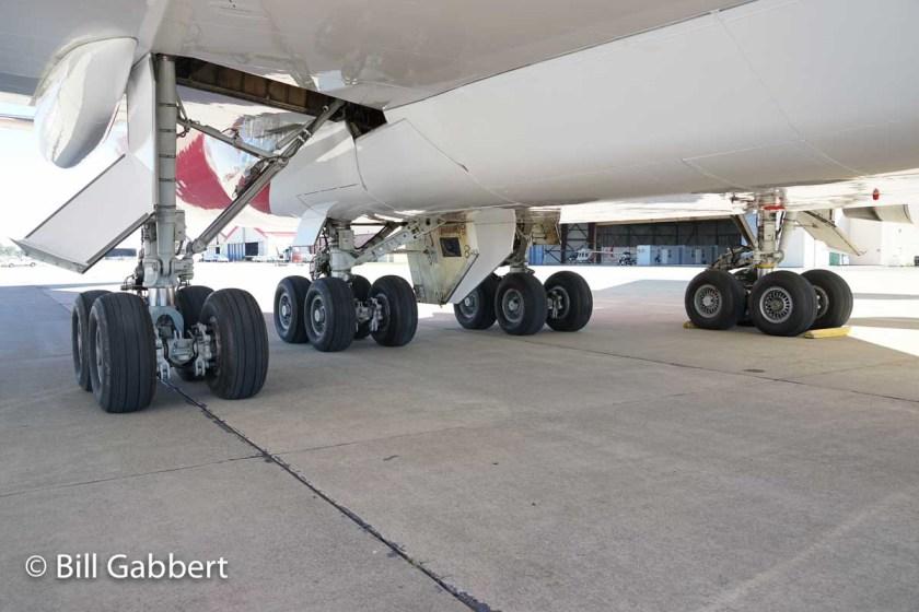T-944 747