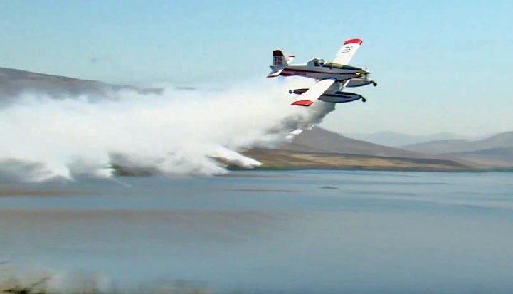 San Diego will borrow a scooping air tanker