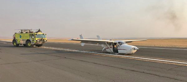 Air Attack aircraft lands without landing gear lowered