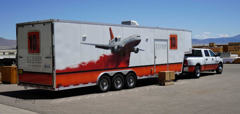 DC-10 air tanker support vehicle