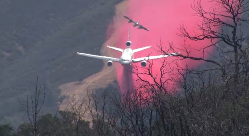 DC-10 dropping Pawnee Fire Lake County, California