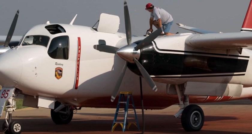 CAL FIRE S2T air tanker
