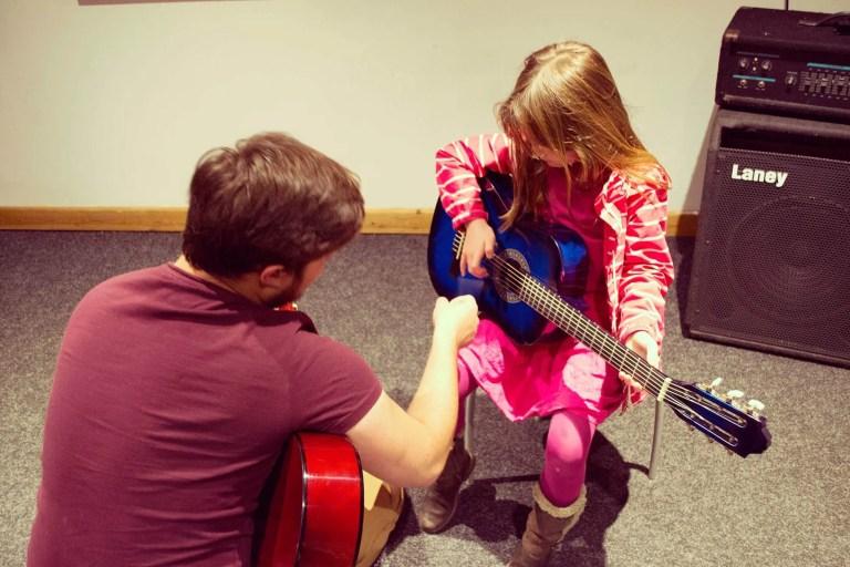 Guitar lessons at Saturday Music Club
