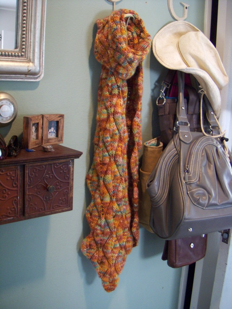 Candle flame scarf (1/4)