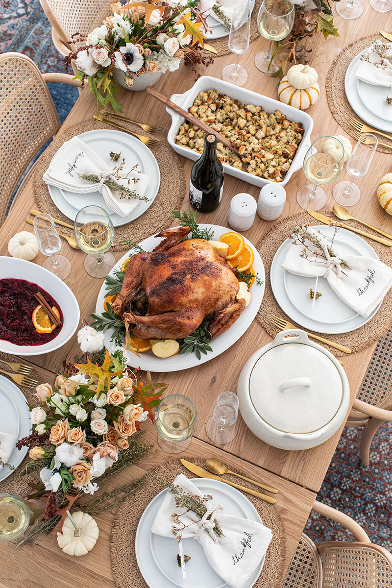 thanksgiving-table-setting-1-2
