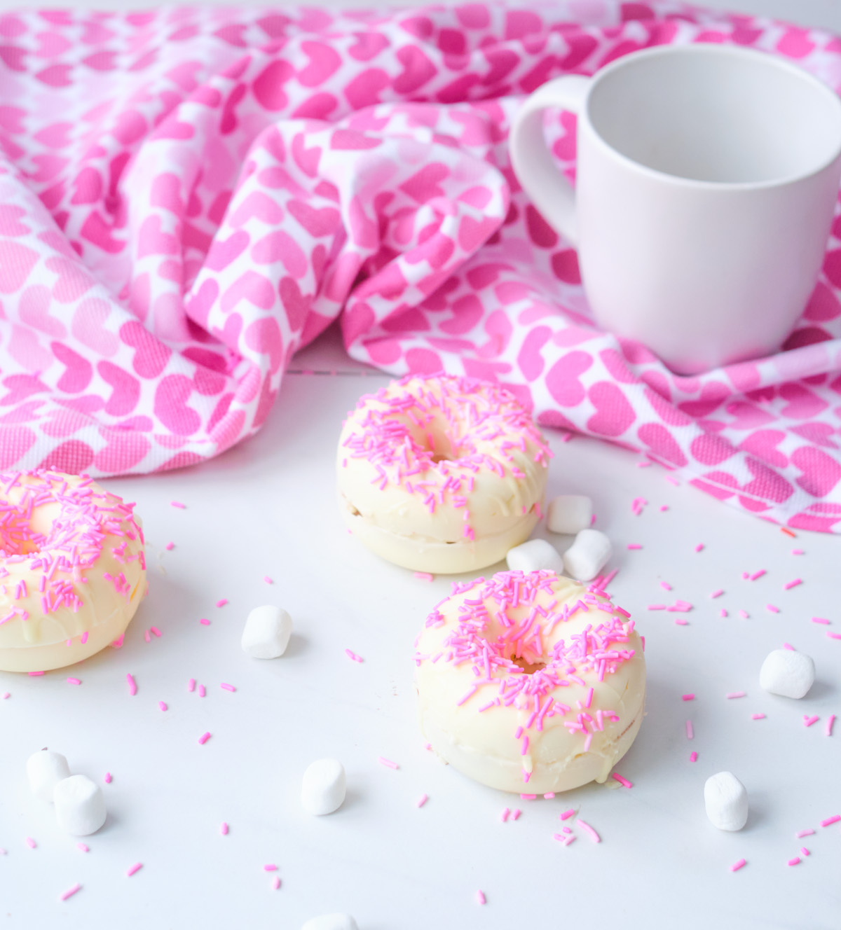 Donut White Chocolate Hot Cocoa Bomb With Sprinkles
