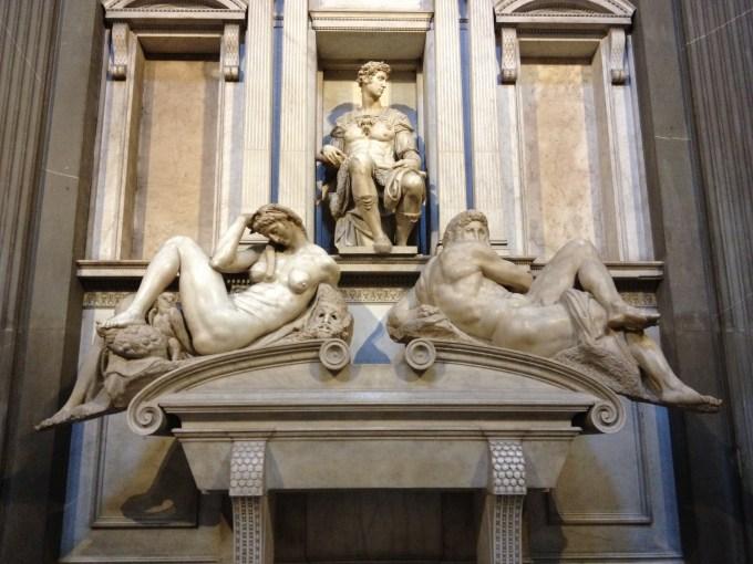 ヌムール公ジュリアーノのお墓