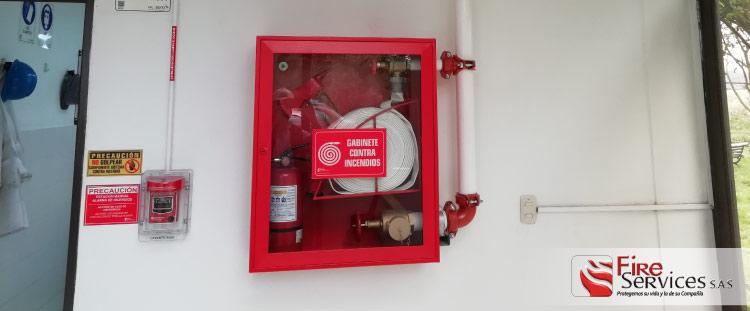 Distribuidores de gabinetes y mangueras contra incendio