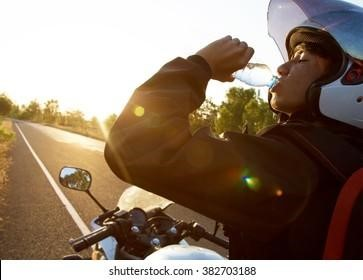 Tips for a safe motorcycle road trip