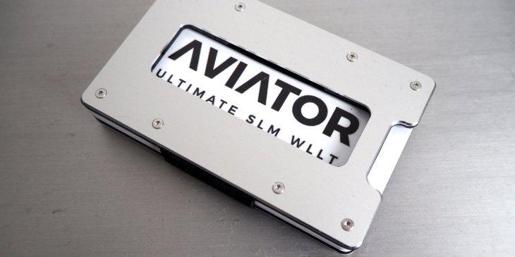 Aviator Wallet, Slim Wallet, Aluminium, Farben Guide