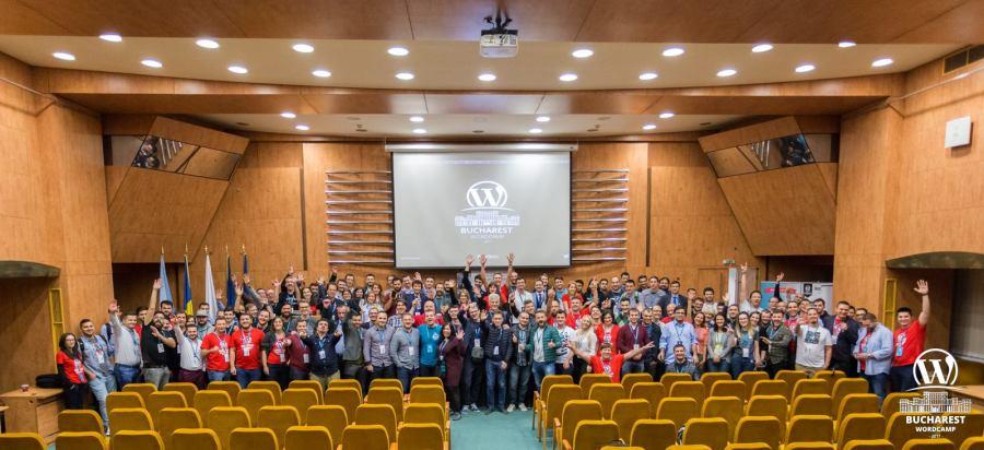 WordCamp Bucharest 2017 ending photo