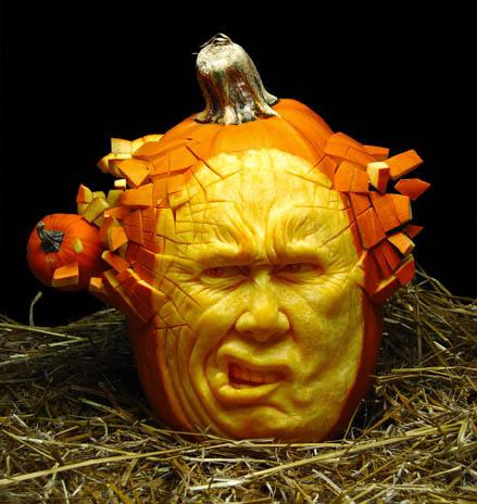 MindBlowing-Pumpkin-Carvings-by-Ray-Villafane-6