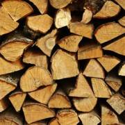 Kiln-Dried-Logs-close-up