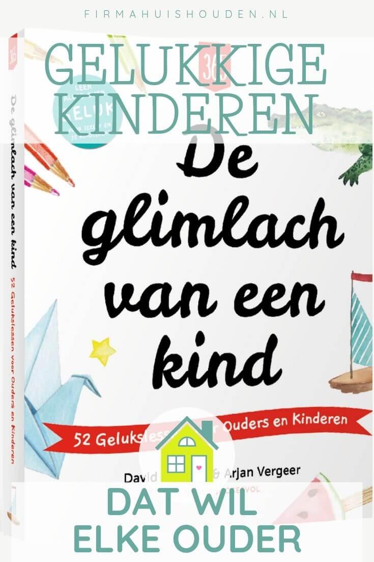 Boek over gelukkige kinderen, De glimlach van een kind, pinafbeelding