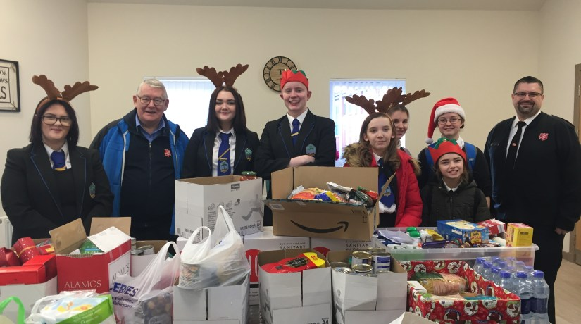 Firrhill Pupils help fill a Foodbank