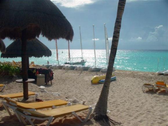 Beach Tuqan Quetzal