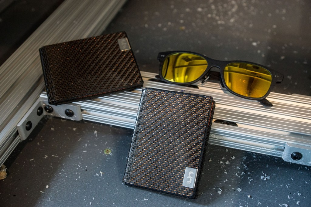 Incredible Deal Carbon Fiber Wallets & Accessories