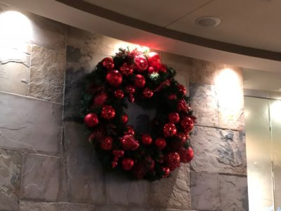 Delta Sky Club Detroit Christmas Experience Christmas Travel Holiday Experience Introduction