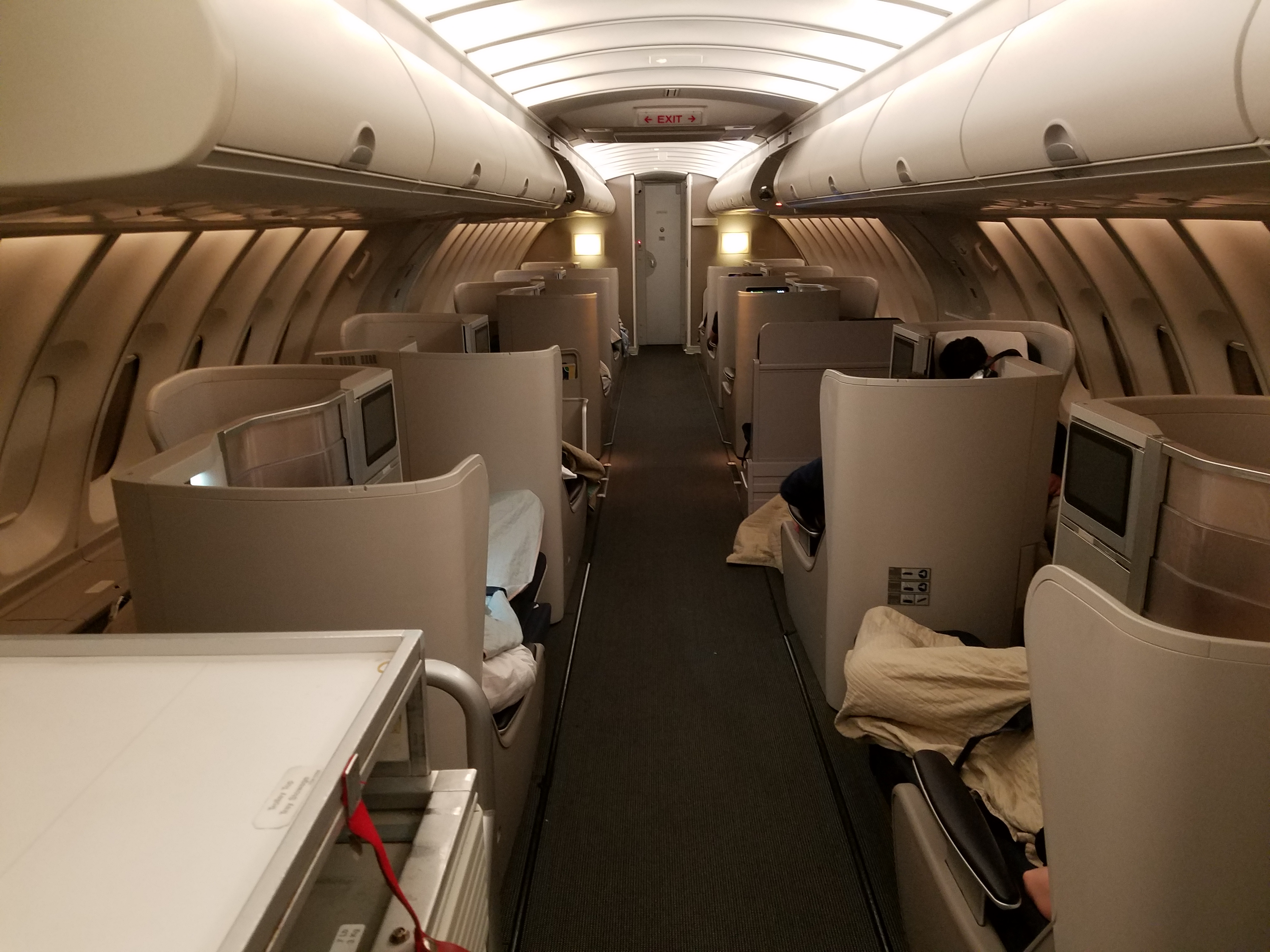 british airways 747400 business class riding up top