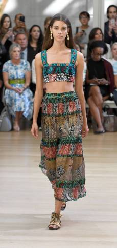 The_eight_Most_wearable_Spring_2017_Fashion_Trends_07