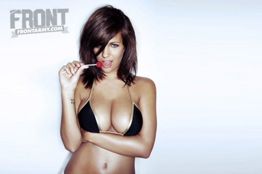 holly peers glamour model