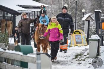 pony_riding_0017p