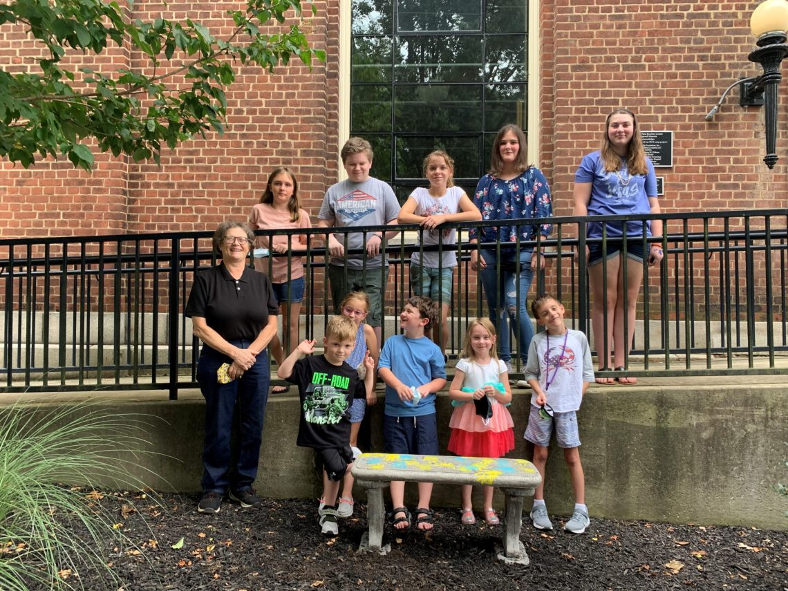 VBS donated 2 benchs to Hopewell Museum