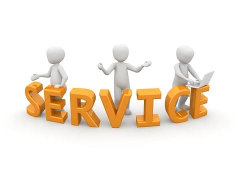 3 hommes blancs logo services FIRST Compta expert comptable, conseils, audit villefranche