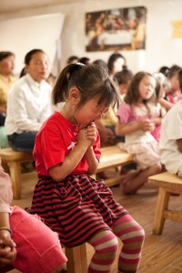nk-child-pray-200×300