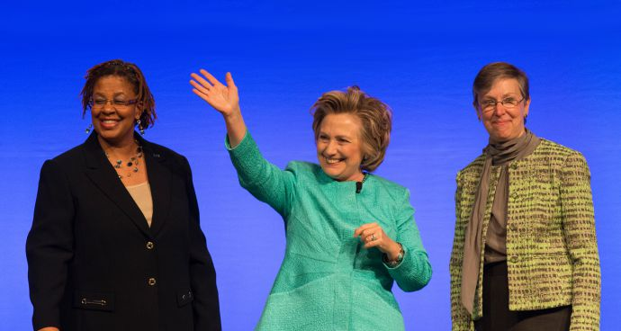 hillary-clinton-speaks-umw-assembly-edited2-690×368