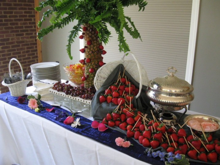 Fresh Fruits Fondue :)